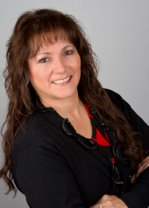 RE/MAX Real Estate Agent On Duty: Linda Getzlaf