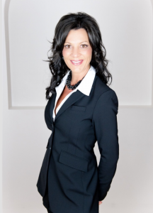 RE/MAX PREFERRED CHOICE Agent On Duty: Jennifer Davis